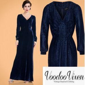 Vixen 30s Nicki Velvet Maxi Dress in Navy